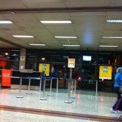 Photo taken at Portão 17A / 17B / 17C by Rafael on 8/22/2012