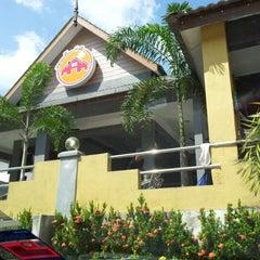 Photo taken at Restoran Perantau Seafood & Western Food by baba on 6/13/2012