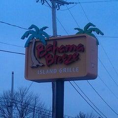 Photo taken at Bahama Breeze by Jo-el on 3/8/2012