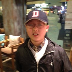 Photo taken at 카페베네 / Caffé bene by Jae Hun C. on 4/27/2012