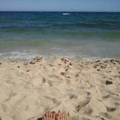 Photo taken at Platja del Pla de Montgat by rebeca g. on 7/18/2012