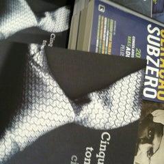 Photo taken at Livraria Saraiva by Elvis P. on 8/22/2012