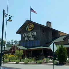 Photo taken at Bass Pro Shops by Renee E. on 7/2/2012