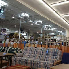 Photo taken at Habitat For Humanity ReStore by Laura on 3/31/2012