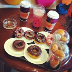 Photo taken at Dunkin' Donuts by Denis A. on 7/29/2012