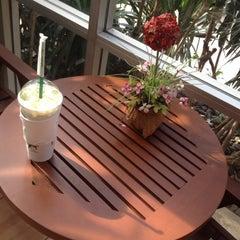 Photo taken at Café Amazon (คาเฟ่ อเมซอน) by Au N. on 8/18/2012