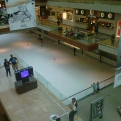 Photo taken at Ice at the Galleria by Armein H. on 6/27/2012