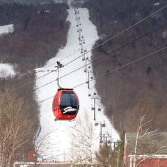 Photo taken at Stowe Mountain Resort by Talin B. on 2/18/2012
