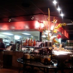 Photo taken at Newk's Express Cafe by Wingate By Wyndham T. on 2/22/2012