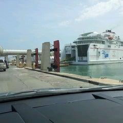 Photo taken at Naviera Armas - Ferry Melilla-Motril by Emilio F. on 3/30/2012