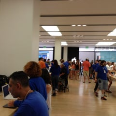 Photo taken at Apple Store, Cherry Creek by Ishtiaq B. on 8/5/2012