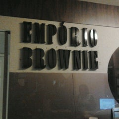 Photo taken at Empório Brownie by Carlos E. on 8/29/2012