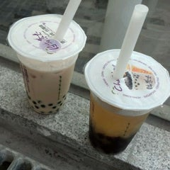 Photo taken at Chatime by Gilbert C. on 2/25/2012