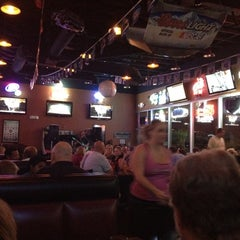 Photo taken at Tailgaters Sports Bar and Grill - Ilprimo Pizza and Wings by Halley B. on 5/19/2012