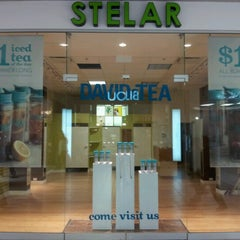 Photo taken at DAVIDsTEA by Ron G. on 6/16/2012