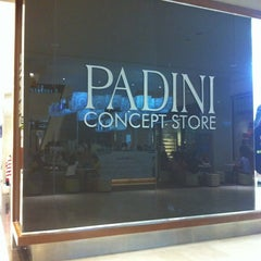 Photo taken at Padini Concept Store by Kenneth Lenald H. on 8/26/2012