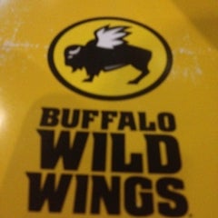 Photo taken at Buffalo Wild Wings by Aidy R. on 7/22/2012