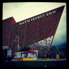 Photo taken at Batu Secret Zoo by Reza M. on 8/22/2012