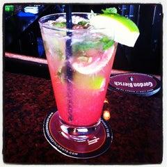 Photo taken at Gordon Biersch Brewery Restaurant by Mira T. on 3/31/2012