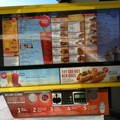 Photo taken at SONIC Drive In by Krista L. on 7/7/2012
