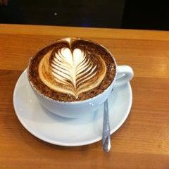 Photo taken at Boréal Coffee Shop by Sandrina on 8/6/2012