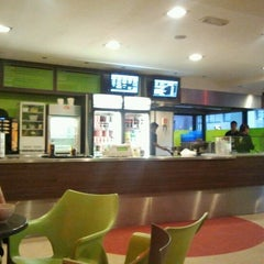 Photo taken at iWok & Go by SinMiedu on 3/18/2012