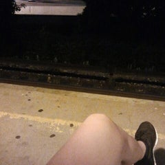 Photo taken at Metro North - Mt Vernon West Train Station by Elvira A. on 5/29/2012