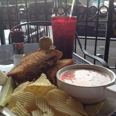 Photo taken at Hammontree's Grilled Cheese by Brandon M. on 7/14/2012