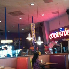 Photo taken at Peter Piper Pizza HEB Matamoros by David R. on 9/1/2012