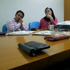 Photo taken at meeting room riau pos by Fenny A. on 5/24/2012