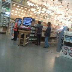 Photo taken at The Home Depot by ✨Berenice M. on 4/27/2012