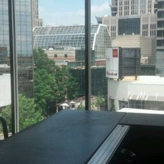 Photo taken at Aloft Charlotte Uptown at the EpiCentre by Pirate Dave on 4/26/2012