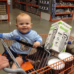 Photo taken at The Home Depot by Jennifer Y. on 5/22/2012