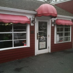 Photo taken at Red Cottage Restaurant by Carl D. on 3/17/2012