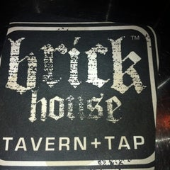 Photo taken at Brick House Tavern + Tap by Alexis F. on 8/29/2012