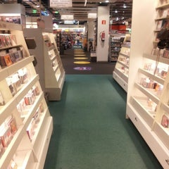 Photo taken at Fnac by Carlos G. on 8/22/2012