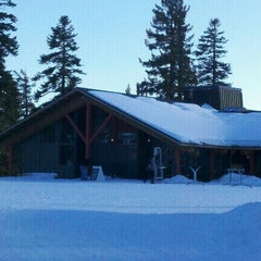 Photo taken at Summit Deck & Grill at Northstar California™ Resort by greg j. on 2/25/2012