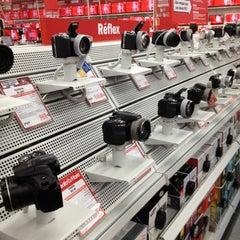 Photo taken at Media Markt by Javier G. on 9/8/2012