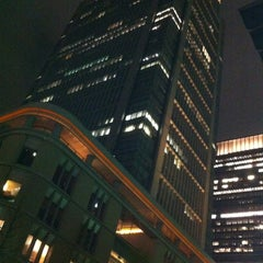 Photo taken at 丸の内ビルディング (丸ビル) / Marunouchi Building by 藤原 拓. on 4/16/2012