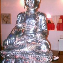 Photo taken at Sochu House + Neo Asian & Martini Bar by Lisa B. on 8/17/2012