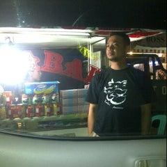 Photo taken at Martabak Manis Bangka Hangtuah by Jelita on 2/4/2012