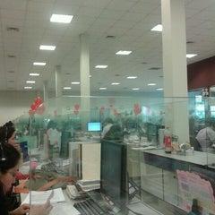 Foto tomada en Almacen Sunat por Franco U. el 5/14/2012