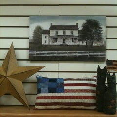 Photo taken at Creative Finds by Shelly by Art M. on 3/26/2012