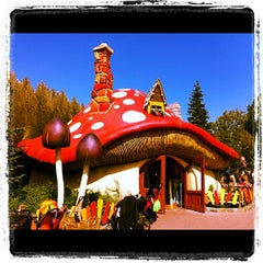 Photo taken at Plopsaland by Alwin G. on 8/3/2012