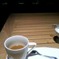8/27/2012 tarihinde HE A.ziyaretçi tarafından Ala Restaurant ve Spor Tesisi'de çekilen fotoğraf