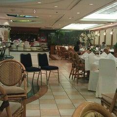 Photo taken at Restoran Fiesta by Akang A. on 8/8/2012