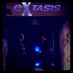 Photo taken at éXtasis by Alejandro  V. on 4/8/2012