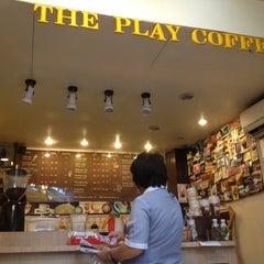 Photo taken at Play Coffee (เพลย์ คอฟฟี่) by NuT_TaTee K. on 6/21/2012