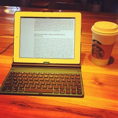 Photo taken at Starbucks by Kelly R. on 8/17/2012