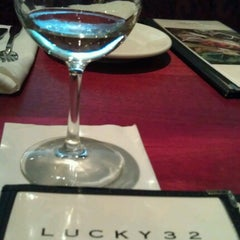 Photo taken at Lucky 32 Southern Kitchen by Deni T. on 6/21/2012